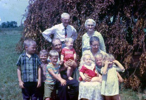 1968 Gordon Easley grandchildren, g-parents & greats