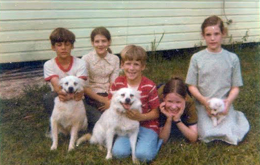 1977-children-and-dogs_01
