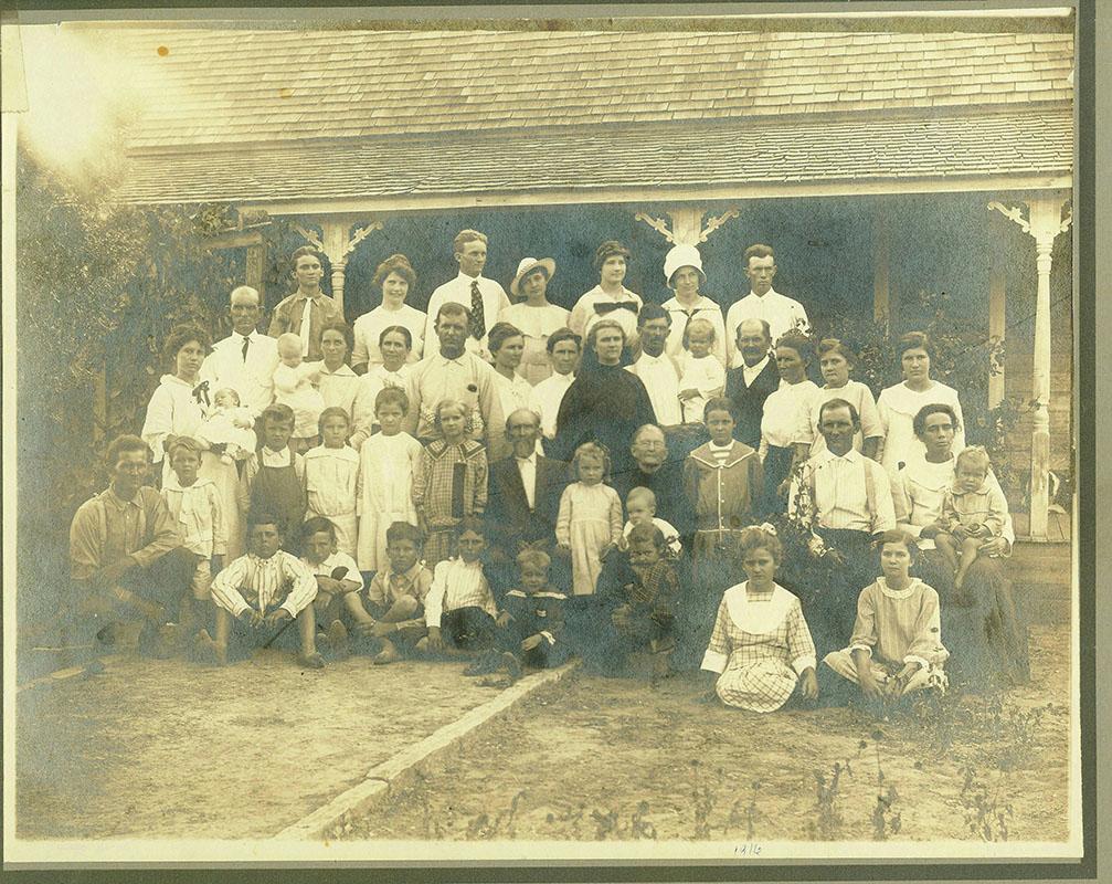Luker Family Reunion 1916